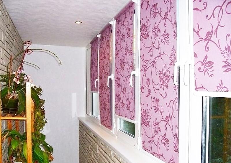 Рулонные шторы на балкон идеи и фото