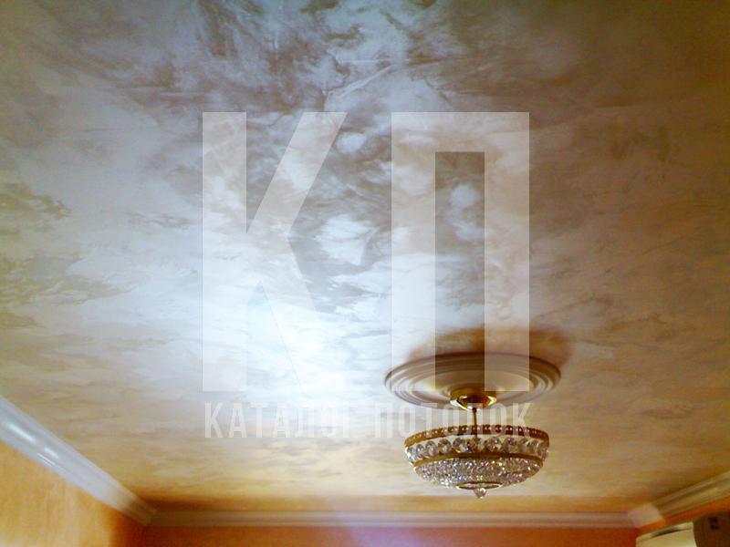 Что лучше натяжной потолок или штукатурка?