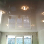Какой натяжной потолок лучше матовый или глянцевый