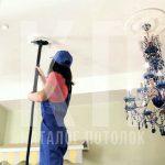 Как мыть натяжной потолок глянцевый без разводов