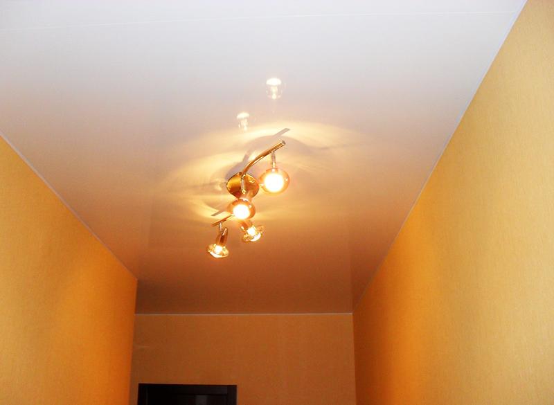 Люстра для коридора